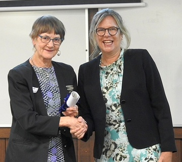 Dr Anne Campbell receiving the Hanbury Award on behalf of Growing Friends ANBG, from Penny Fowler, Deputy Chairperson, Royal Botanic Gardens Vic at the recent  AGM of the Australian Association of Friends of Botanic Gardens (AAFBG) held at the Waite Institute, Adelaide on 12 April 2021Dr Anne Campbell receiving the Hanbury Award on behalf of Growing Friends ANBG. Presented by Penny Fowler, Deputy Chairperson, Royal Botanic Gardens Vic at the recent  AGM of the AAFBG in Adelaide 12 April 2021