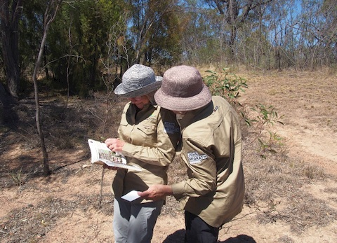 Margaret Clarke and Barbara Podger collecting in Bicentennial Park, Queanbeyan NSW. December 2020 (Photo: T. North ANBG)