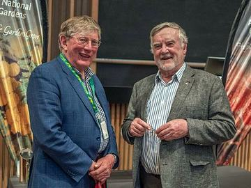 Incoming President Neville Page with outgoing Max Bourke (Photo: Brian Moir)